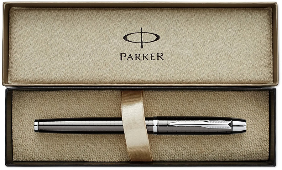 Parker IM Brushed Metal  Rollerball Pen boxed